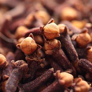 Лечебные свойства гвоздики чем полезно пряное растение